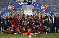 Chúc mừng nhà vô địch mới của bóng đá châu âu Bồ Đào Nha 2016
