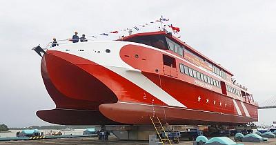 Du lịch Côn Đảo bằng tàu cao tốc 5 sao Express 36 thời gian di chuyển chỉ còn một nửa.